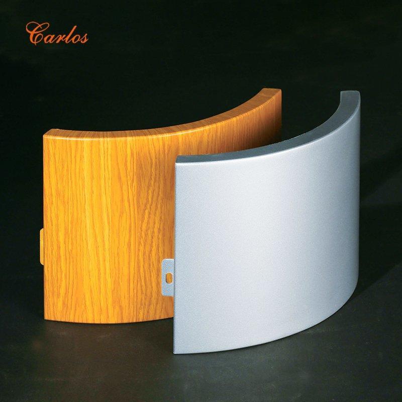 Circular sewing bag with columns